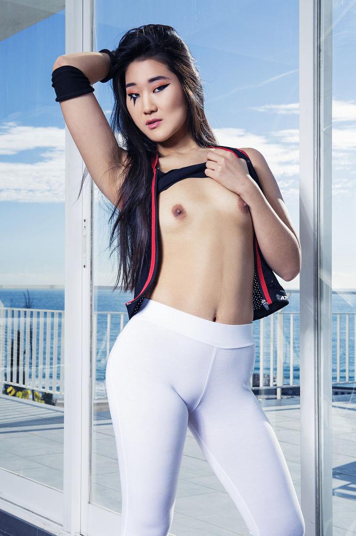 Katana's VR Porn Videos