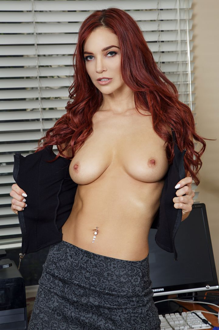 Jayden Cole's VR Porn Videos