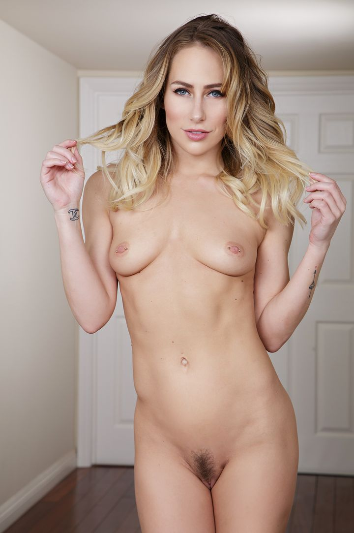 Carter Cruise's VR Porn Videos