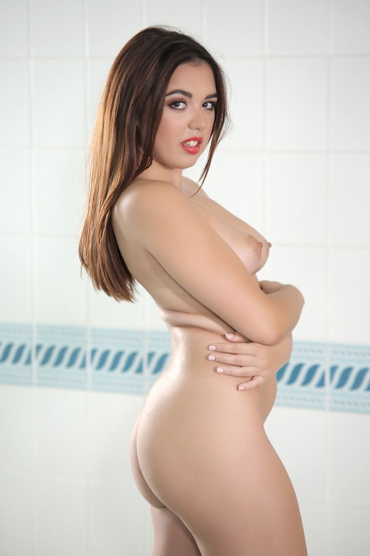 Diana Rius's VR Porn Videos