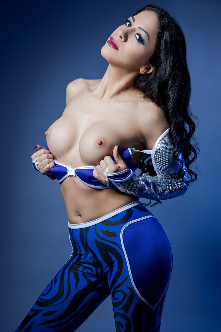 Julia De Lucia's VR Porn Videos