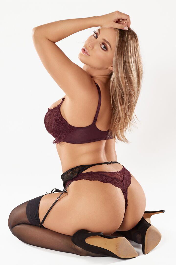 Kayley Gunner's VR Porn Videos