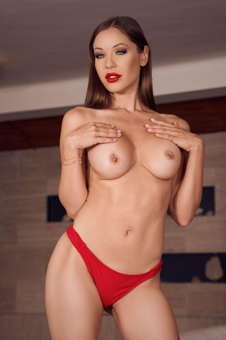 Angelica Heart's VR Porn Videos