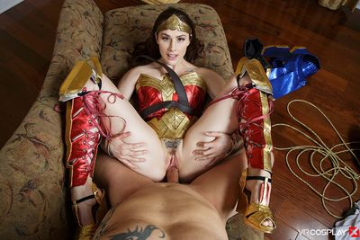 Wonder Woman A XXX Parody VR Porn Video