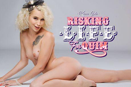 Risking Life For Quim VR Porn Video