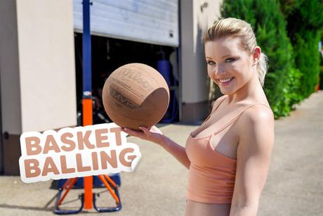 Basket Balling VR Porn Video