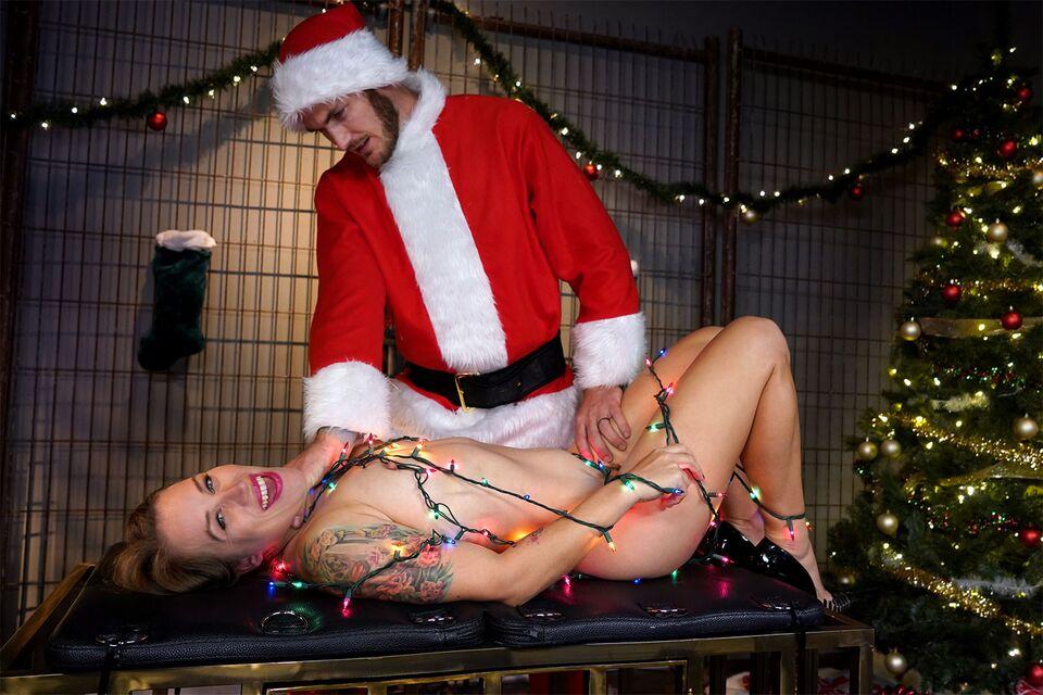A Merry Hoe Hoe Hoe VR Porn Video