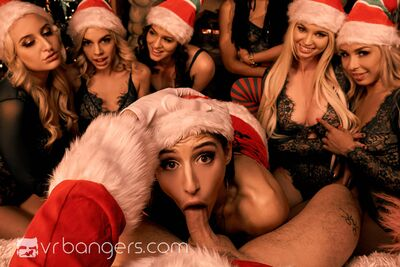 Santas Naughty Elves Pt 2 VR Porn Video