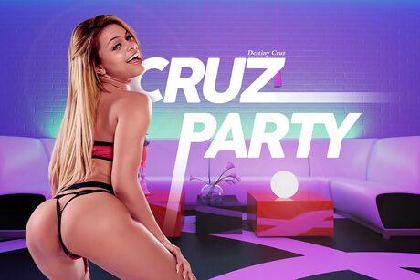 Cruz Party VR Porn Video