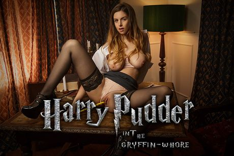 Harry Pudder In The Gryffin-Whore VR Porn Video